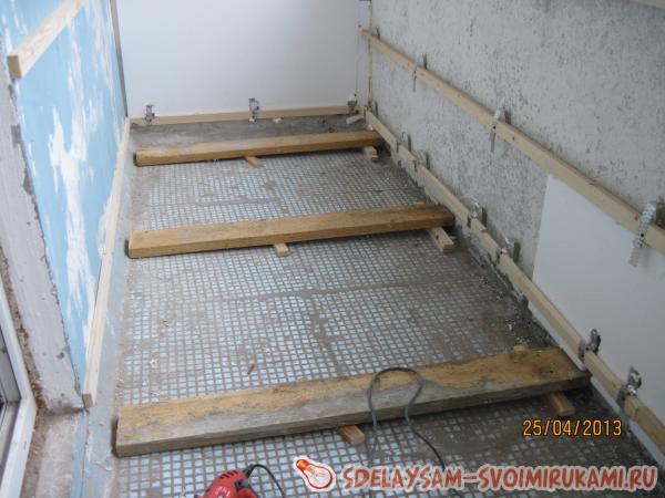 Repair floor, laminate flooring and plinth mounting