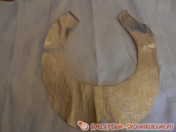Decorative collar for evening dress