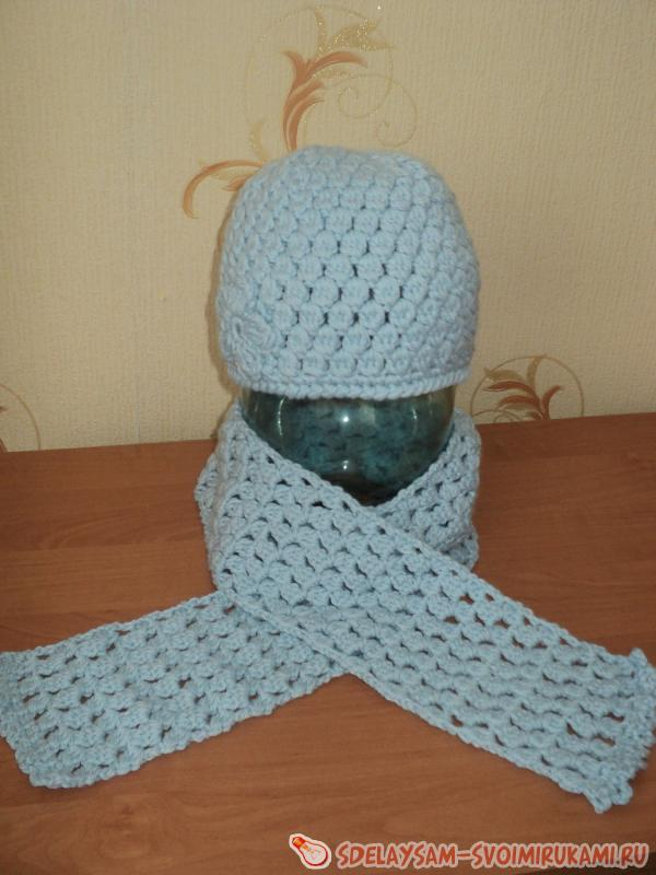 Crochet a set - hats and a scarf