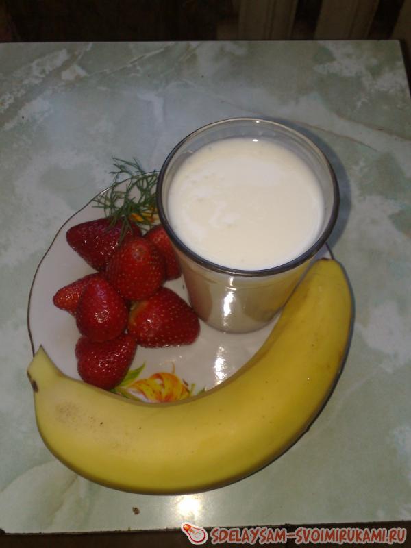Полезный домашний йогурт для ваших малышей