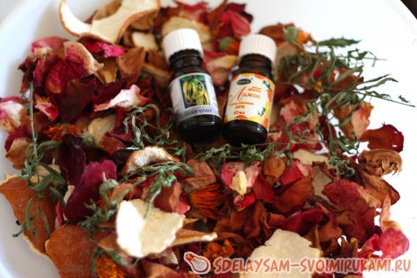 Ароматическая смесь из лепестков – натуральный ароматизатор для помещений