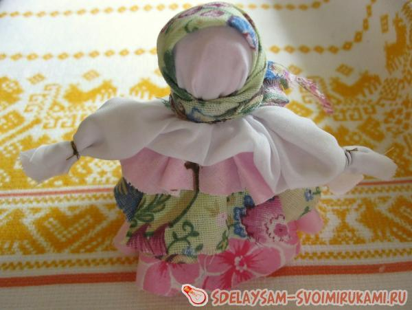 Motanka rag doll
