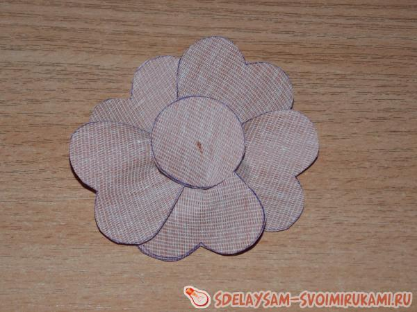 Цветок из дерматина