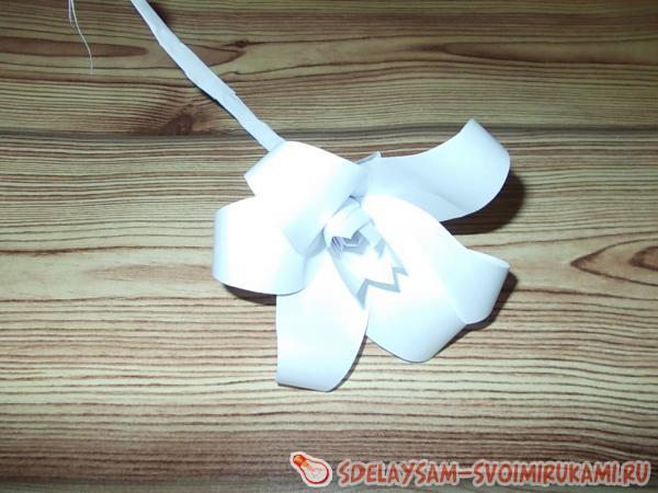 Панно «Белые  цветы»
