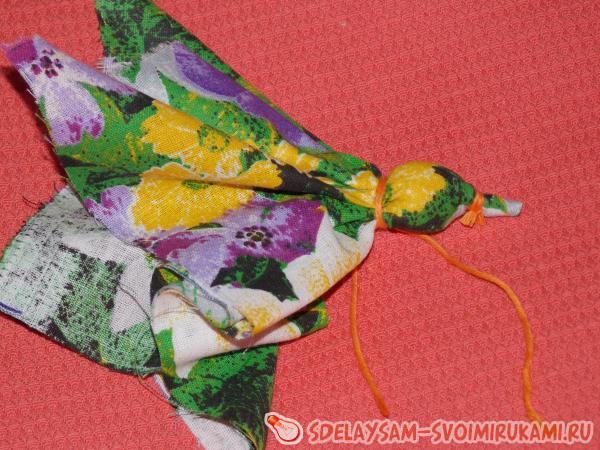 Птичка из ткани