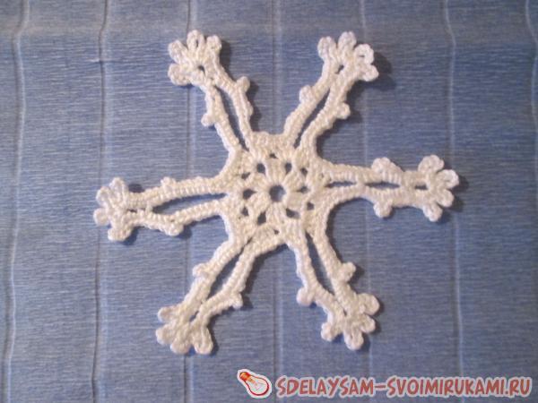 Мастеркласс по вязанию снежинки крючком