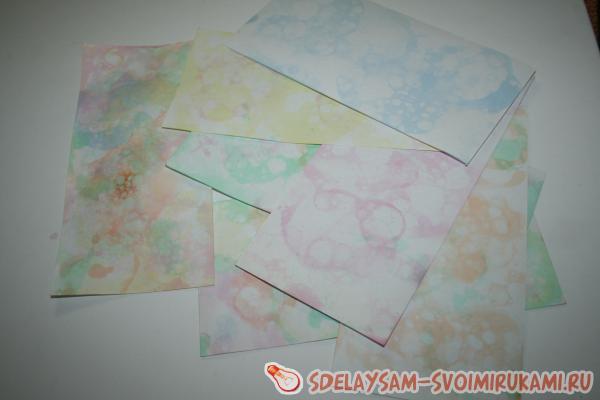 Делаем красивую бумагу для открыток