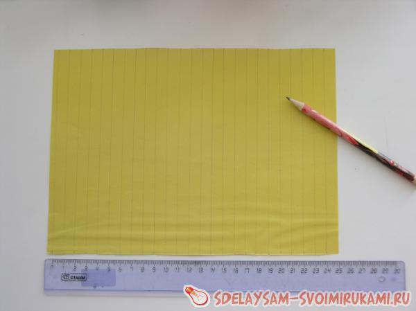 полоски из цветной бумаги