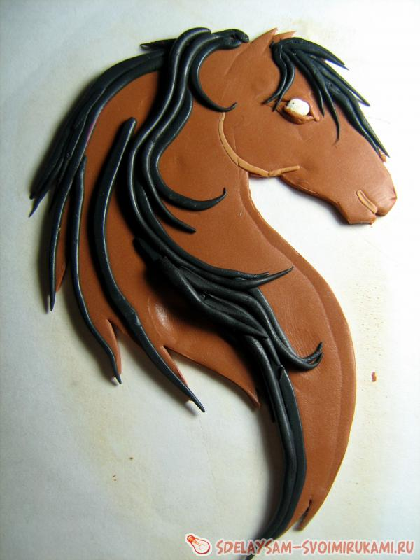 magnet in the form of a horse's head