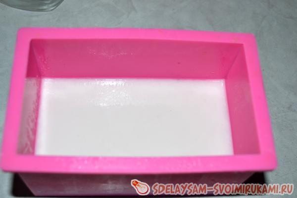 Оставляем форму с мылом