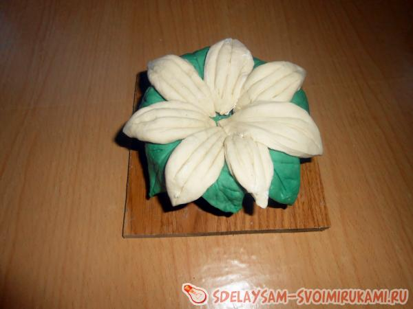 Горшок с цветком