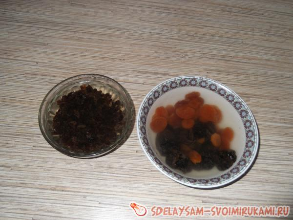 soak prunes and raisins
