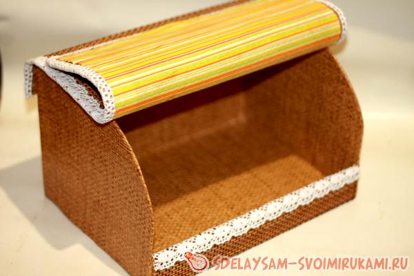 Breadbasket made of bamboo napkin