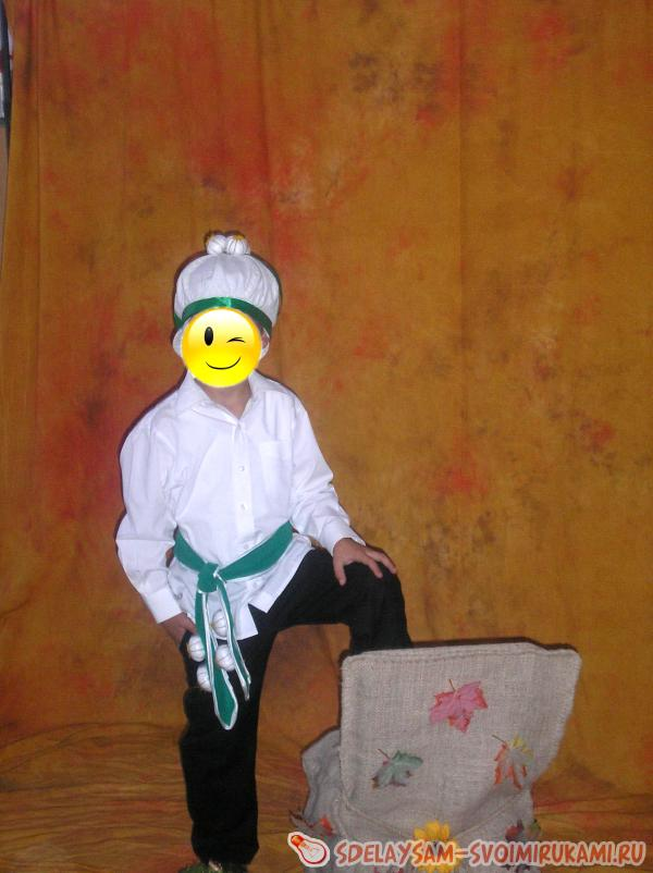 Как сделать костюм чеснока для детского утренника?