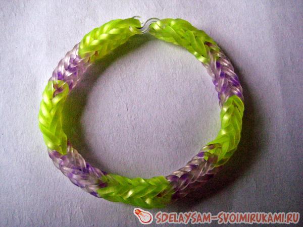 Объемный браслет из резинок
