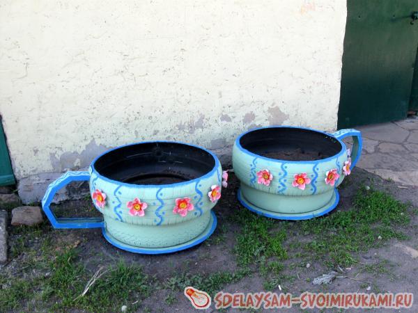 http://www.sdelaysam-svoimirukami.ru/images/11/625-klumba-iz-staryh-pokryshek.jpg