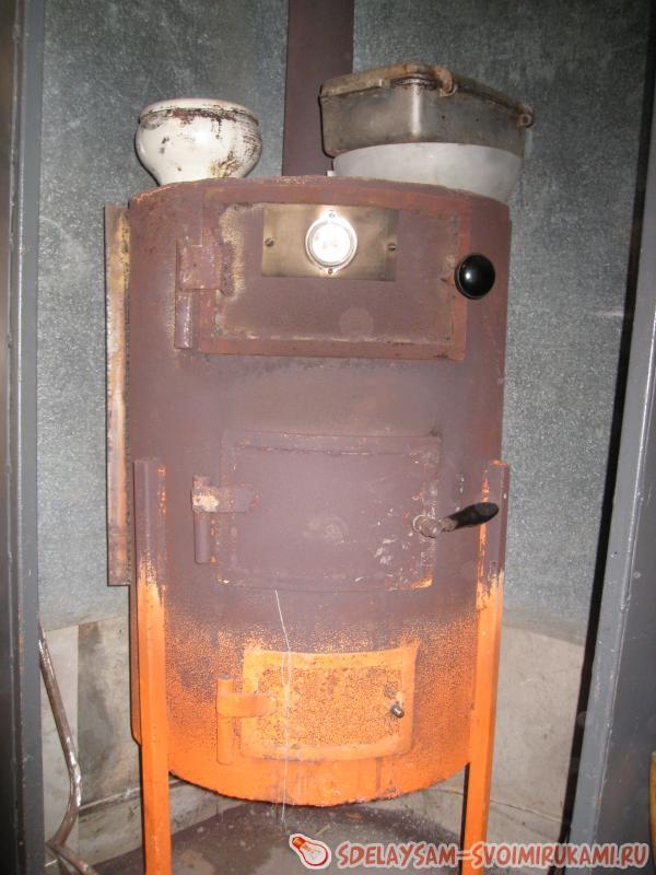 Отопление мастерской из подвала. - YouTube