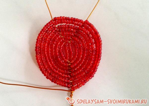 Плетение крайних лепестков
