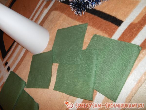 елочка из бумажных салфеток