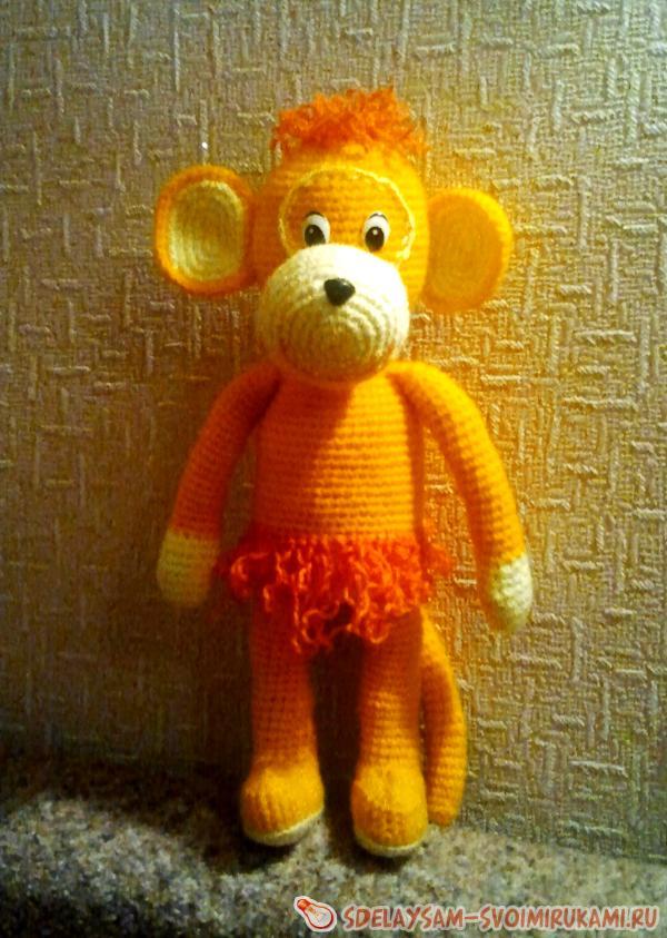 Monkey knitted hook