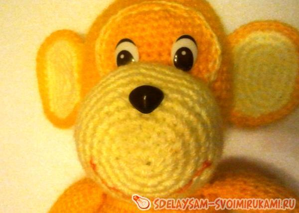 Monkey knitted crochet