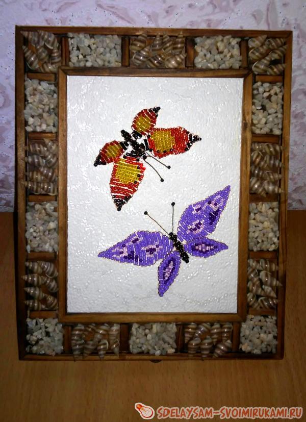 Панно «Бабочки» из бисера