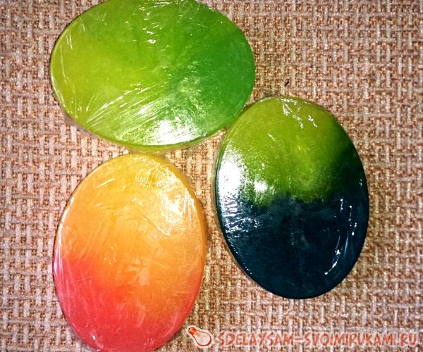 Homemade soap Playing colors