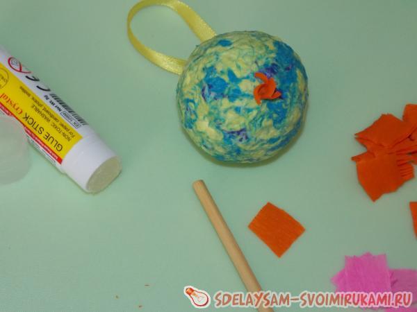Елочные шары из папье маше