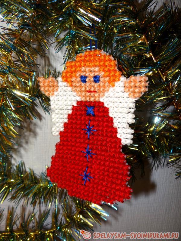 Вышивка «Ангелочек» - игрушка на елку