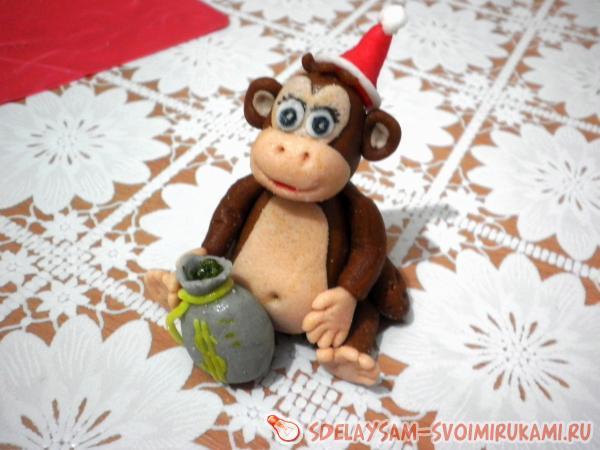 Денежная обезьянка из сахарной мастики