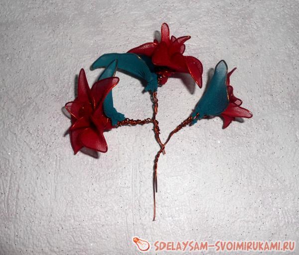 Цветы из капроновых колгот