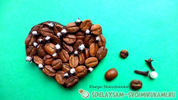 магнит из кофе
