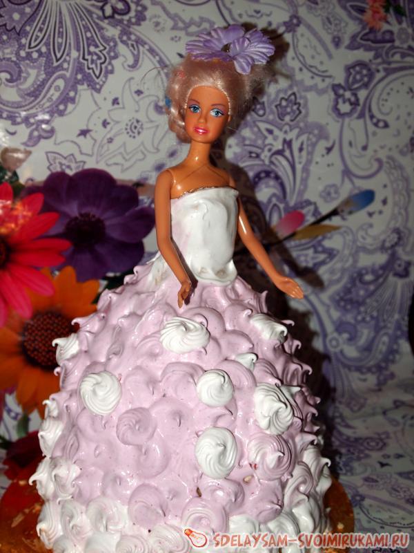 Cake doll
