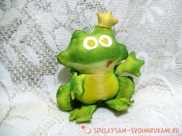 princess frogs from fabric
