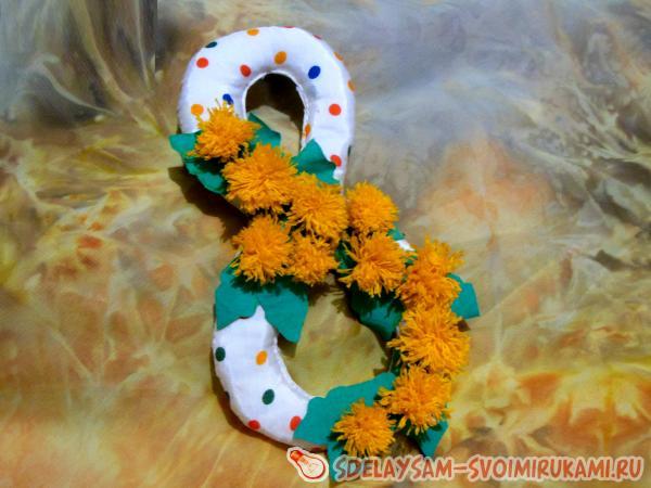 Что подарить на 8 марта: 20 интересных и практичных подарков