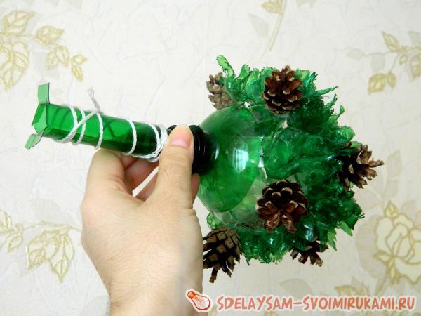 Топиарий из пластиковых бутылок