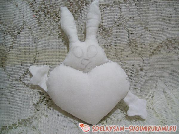 heart with a bunny pendant