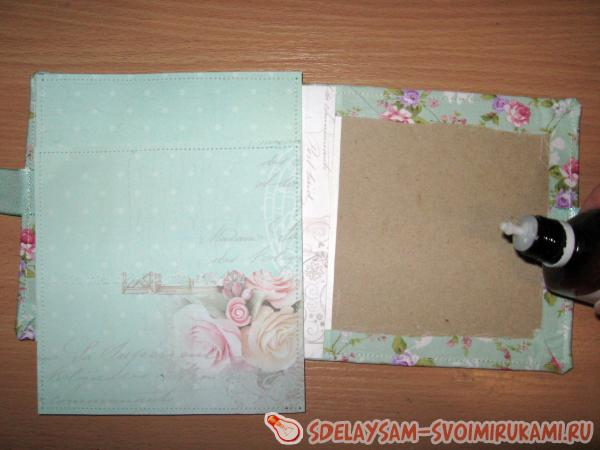 Soft envelope for wedding disc