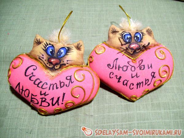 сердечки котики из ткани