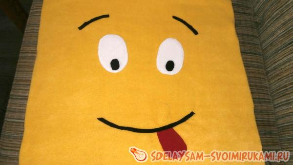 Emoticons pillows