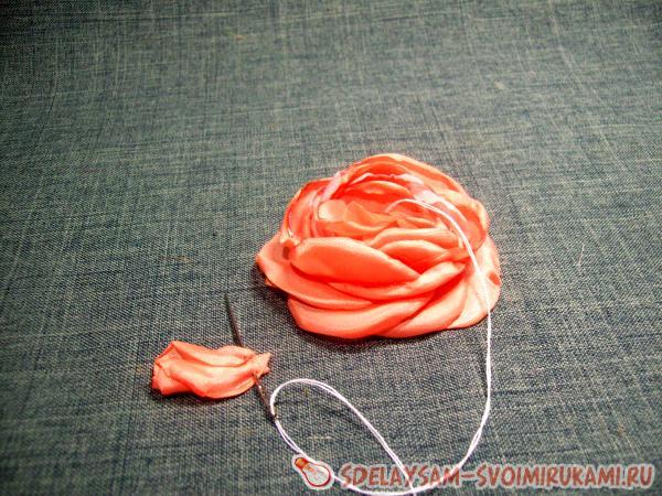 silk brooch