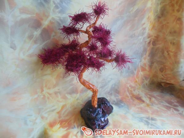 Восточное дерево из проволоки и пряжи «Бонсай»