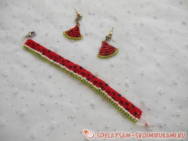 «Арбузная» линия из бисера: браслет и серьги