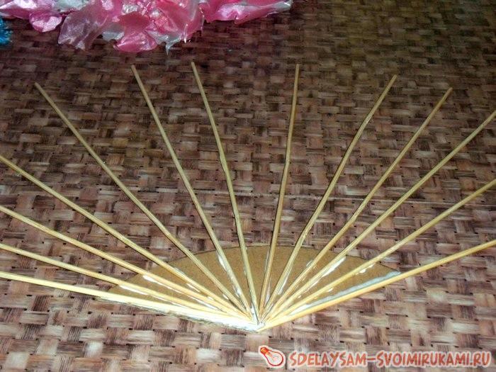 веер из деревянных палочек