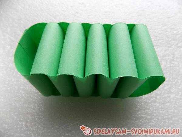 Crocodile made of paper