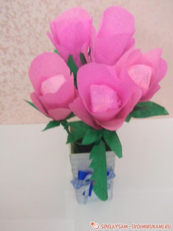 Традиционный букет цветов из конфет