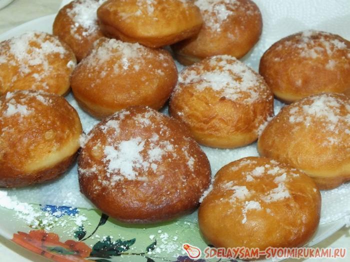 Пончики во фритюре