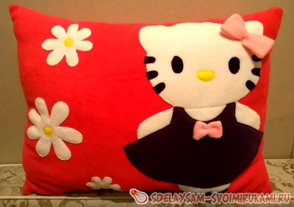 Детская подушка «Китти»