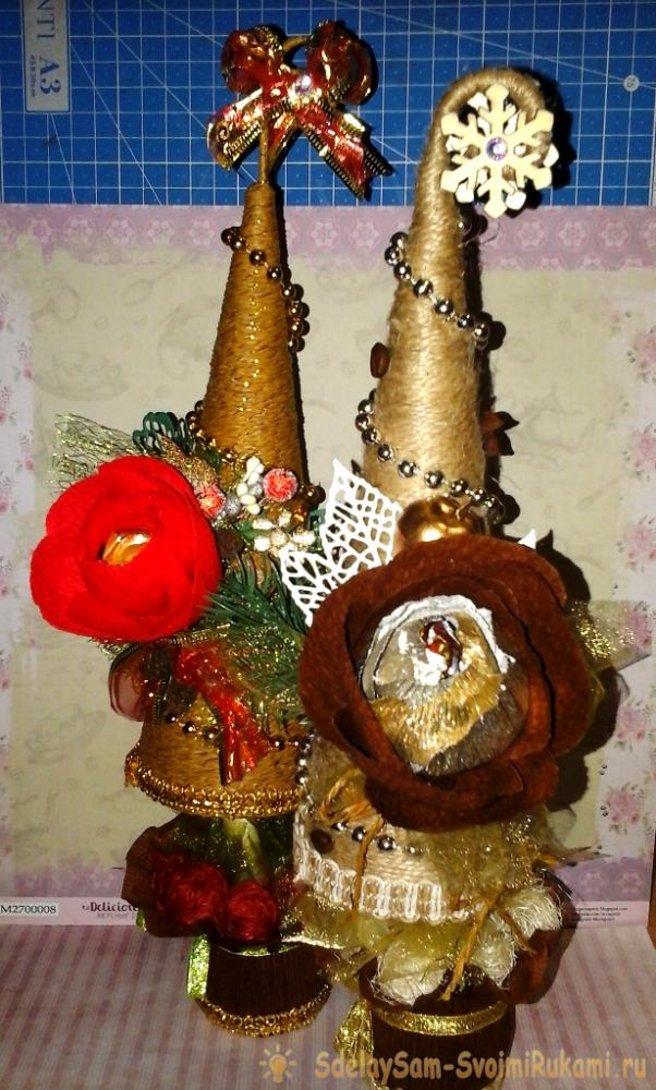 Christmas trees with candies