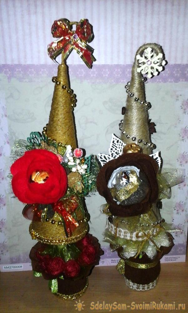 Новогодние елочки с конфетами в технике свит-дизайн